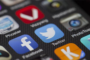 How to Enter the Social Media World Effectively